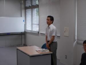講義を前に参加者に挨拶を述べられる清水先生