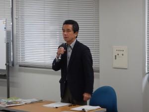 開会の挨拶を述べる講師の清水先生
