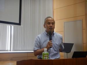 講演を行う長崎大学大学院工学研究科 中村 教授