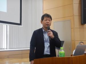 講演を行う株式会社PAL構造 楠葉取締役部長 様