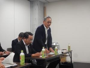 挨拶を述べられる長崎県地質調査業協会 桐原 理事長 様